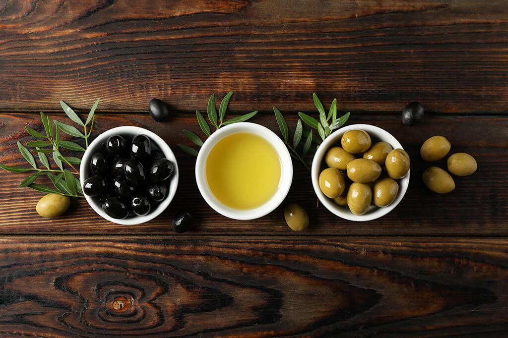 Zeytin Çekirdeği Yutulmalı Mıdır? Zeytin Çekirdeği Yutmanın Faydaları ve Zararları